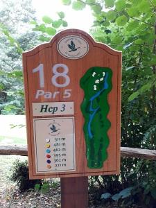 plaque trou 18 du golf de Vaugouard