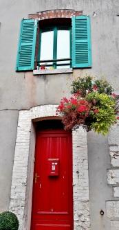 les couleurs vives à Ferrieres