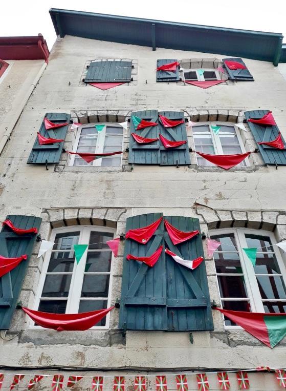 Fenêtres à Bayonne