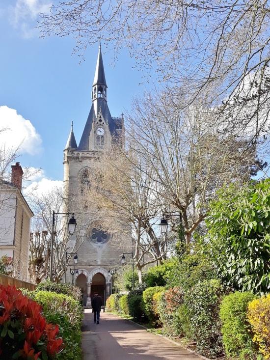 Eglise Saint Nicolas à Maisons